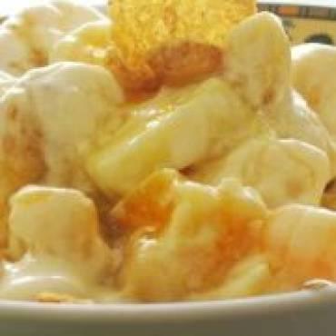 Sałatka z kukurydzą i bananami
